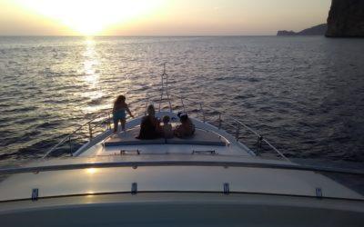 Skippered Yacht Charter Andratx – Mochi Sonic19m